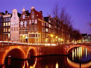 Дешеві авіаквитки в Голландію